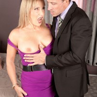 Blonde MILF over 60 Luna Azul flashing panty upskirt