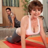 Over sixty MILF Bea Cummins working out in yoga pants and flashing big tits