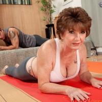milf yoga bukser porno