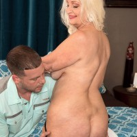 Chunky 60 plus MILF Vikki Vaughn baring big granny butt and saggy mature breasts
