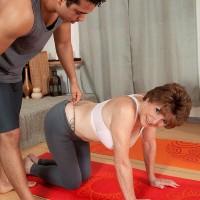 Barefoot 60 plus MILF Bea Cummins taking yoga break to free big knockers