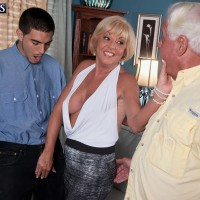 Busty mature blonde woman Luna Azul taking BBC in over 60 MMF threesome