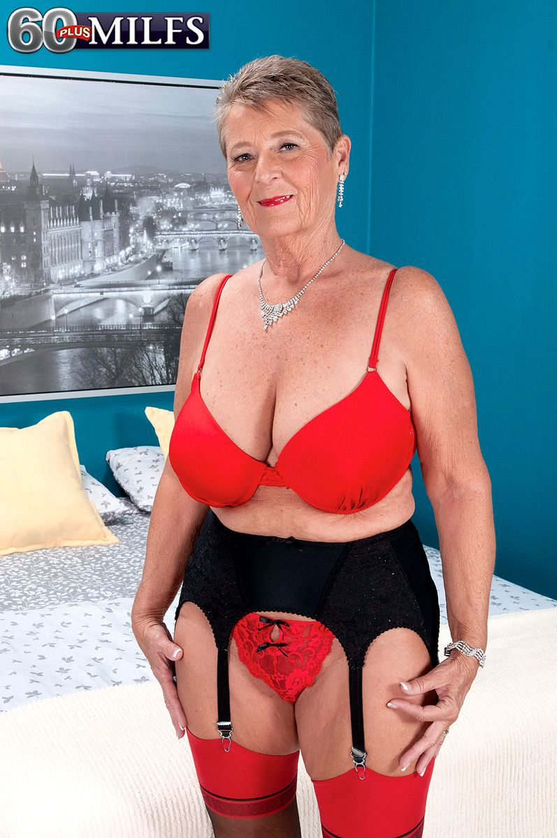 chubby short haired 60 milf joanne price getting naughty for xxx