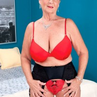 60 plus milf rochelle sweet