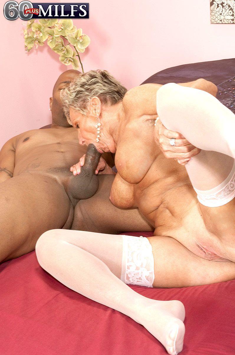Lick skirt under