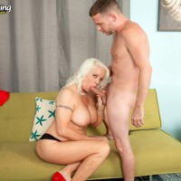 60 plus MILF pornstar Veronica Vaughn baring nice mature ass before riding cock