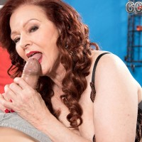 Redheaded granny Katherine Merlot seducing sex from younger man in lingerie