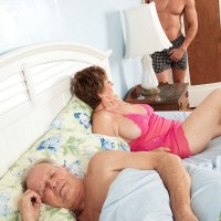 Barefoot 60 plus MILF Bea Cummins freeing large natural granny breasts