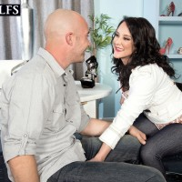 Hot 50+ MILF Lexi Ambrose has her pretty feet played with by her younger lover
