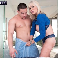 Top rated 60plusmilfs.com gallery featuring hot platinum blonde Leah L'Amour
