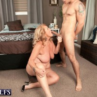 Dirty nannas Jewel and Lola Lee giving dual oral pleasure in tan hosiery