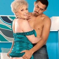 Mature blonde Veronica Vaughn exposes huge granny hooters and gives blowjob