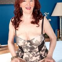 Chesty ginger-haired granny Katherine Merlot delivering gigantic dick oral jobs in hose