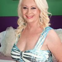 Granny Pornstar Angelique DuBois
