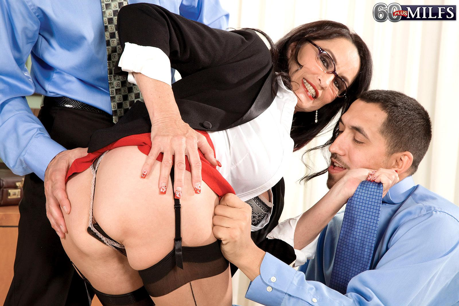 Leggy brunette Rita Daniels displaying mature upskirt panties before MMF threeway