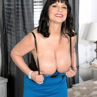 Mature 50 plus MILF Elektra