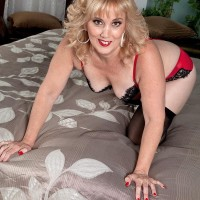 Blonde 50 plus MILF Rebecca Williams seduces her hubby in lingerie and nylons