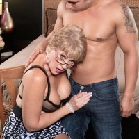 Mature 50 plus MILF Tracy Licks