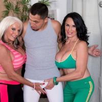 Older women Sally D'Angelo & Rita Daniels Share A Dick
