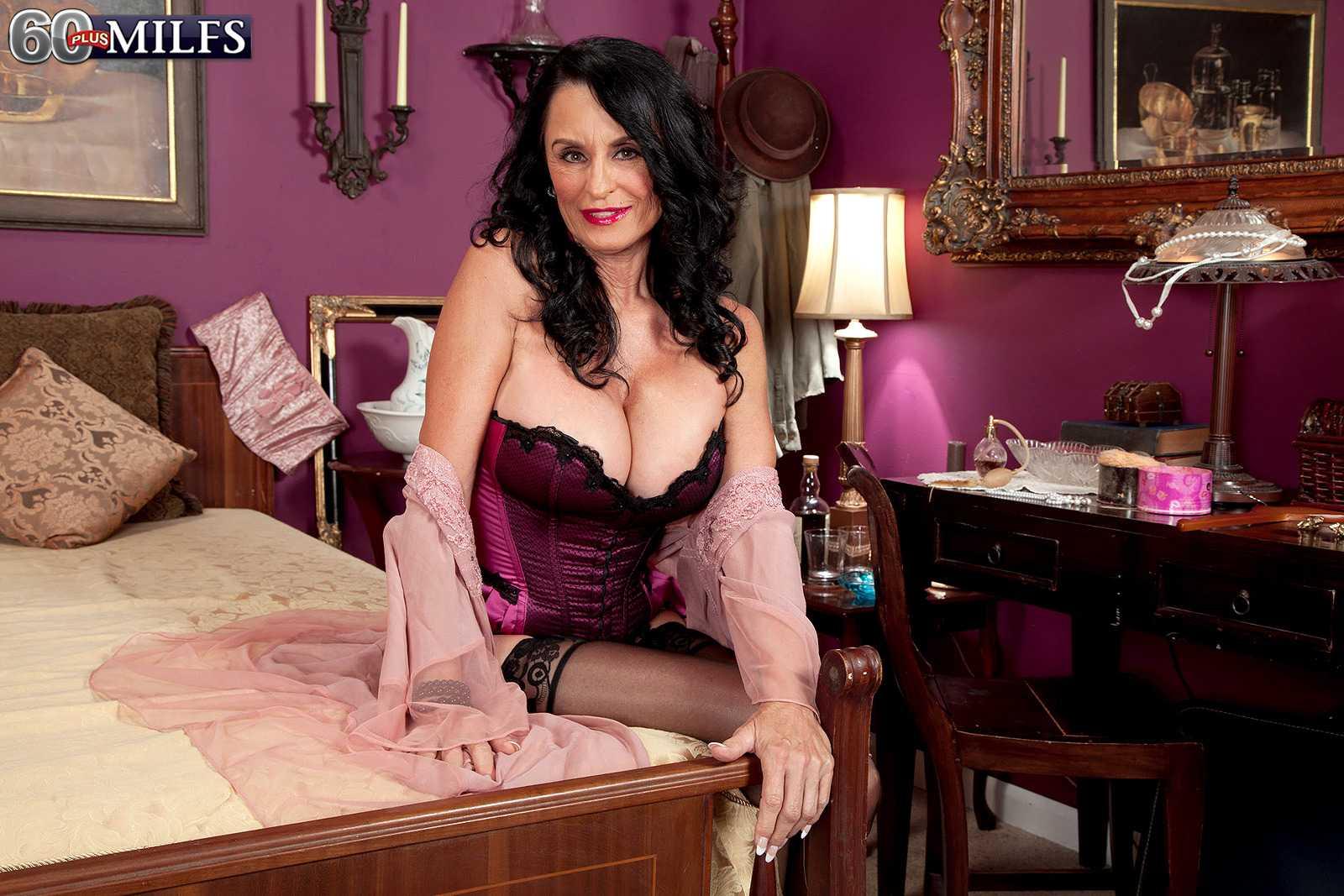 Naughty 60+ Babe Rita Daniels Loves The Phallus
