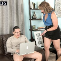 Over 50 MILF Catrina Costa has her little boobies sucked on by her son-in-law