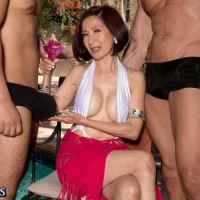 Over 60 Asian MILF Kim Anh wanking off gigantic dicks outdoors before MMF sex
