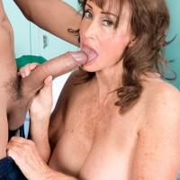 Granny Pornstar Jacqueline Jolie