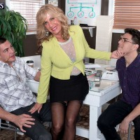 MMF threesome action starring 60plusmilf model Bethany James
